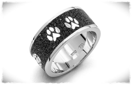 Ring LOVECATS